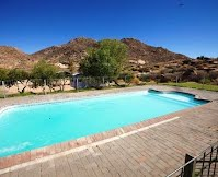 Places with swimming pools in Springbok